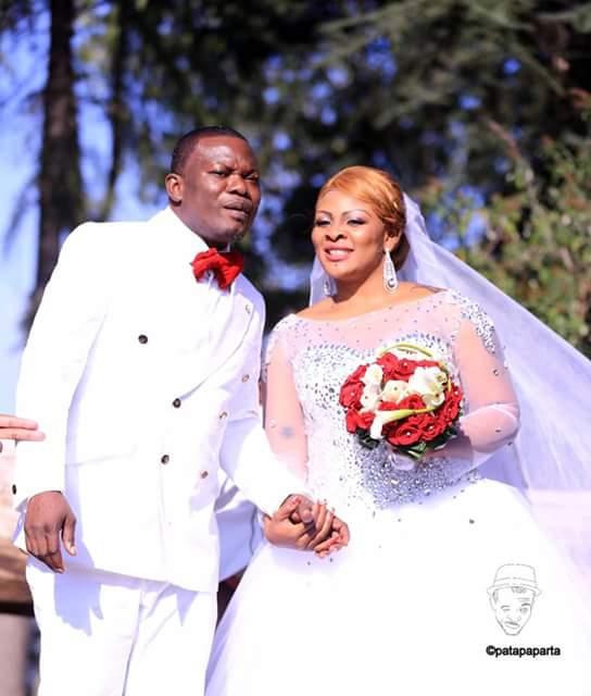 couple Amot, heureux gagnant de 4 mariages pour une lune de miel du 8/07/2016
